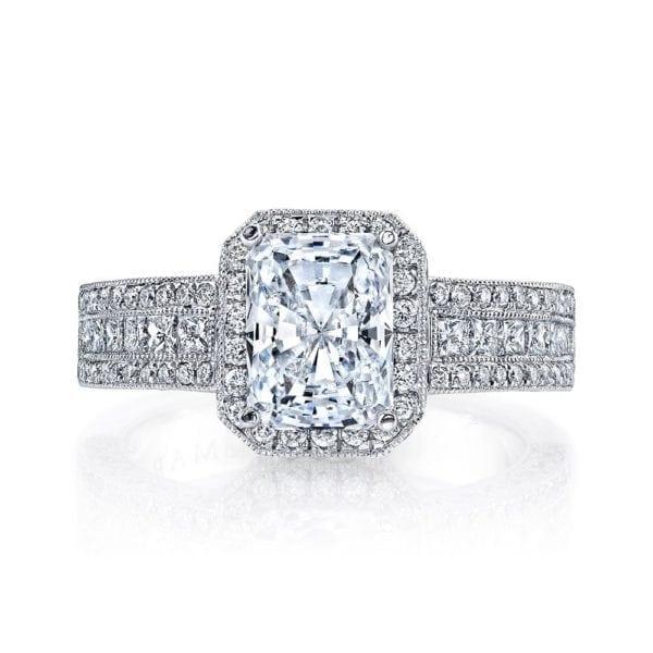 25322  Diamond Engagement Ring 0.72 Ct Rd, 0.47 Ct Pr.